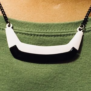 Black & white necklace with black chain